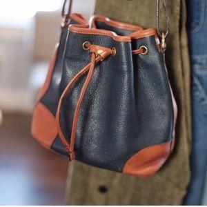 VTG Dooney style handbag